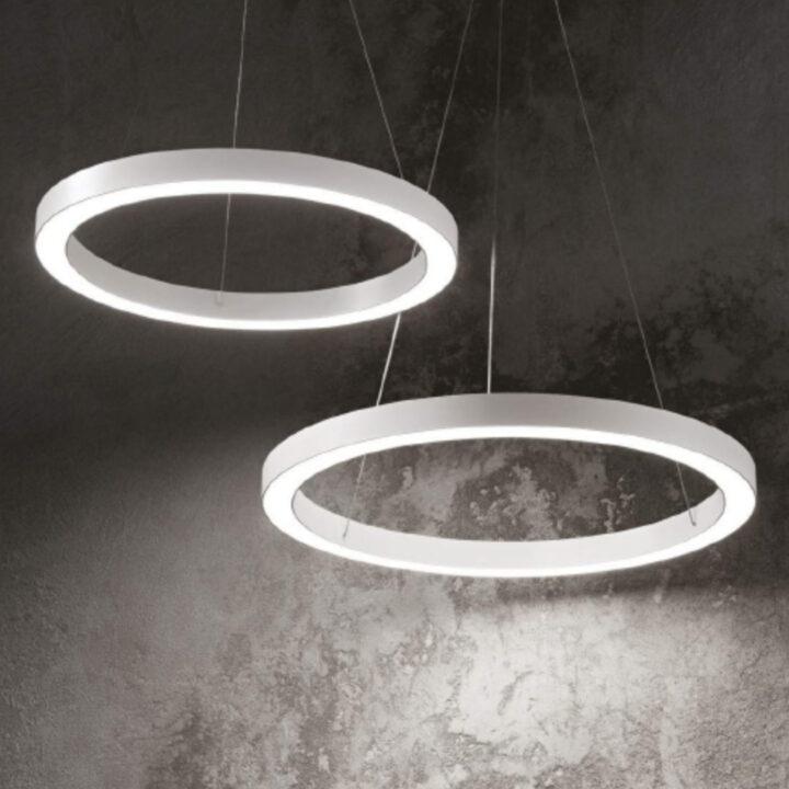 Sospensione Oracle in alluminio verniciato bianco o nero e diffusore opale - diametro 50 - 60 - 70cm